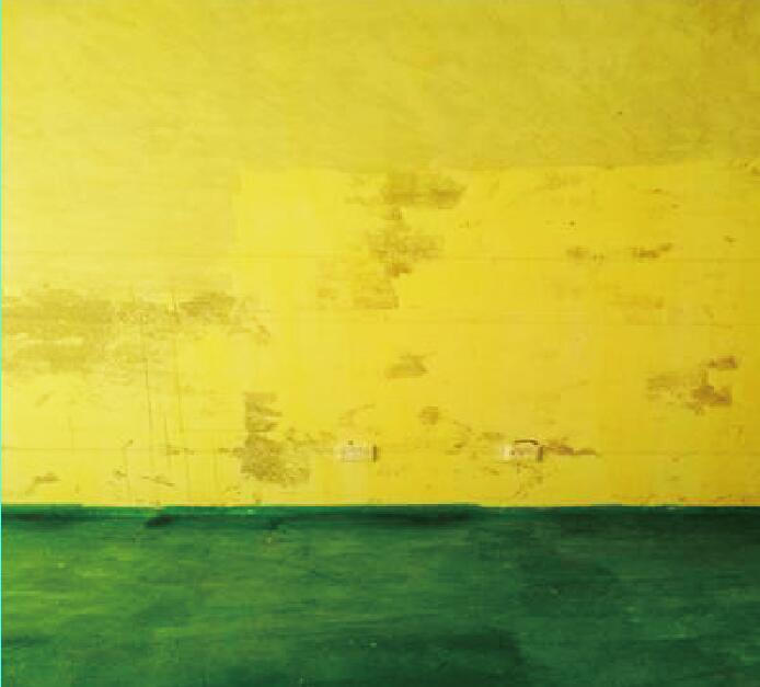 """""""墙黄地绿""""的润邦工地"""