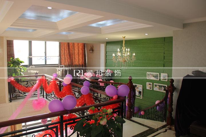 佰士苑200平方顶楼复式现代风格实景图